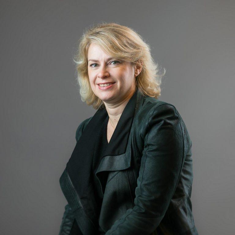 hopscotch talent Cécile Granat<br>Directrice Générale Adjointe de Hopscotch PR